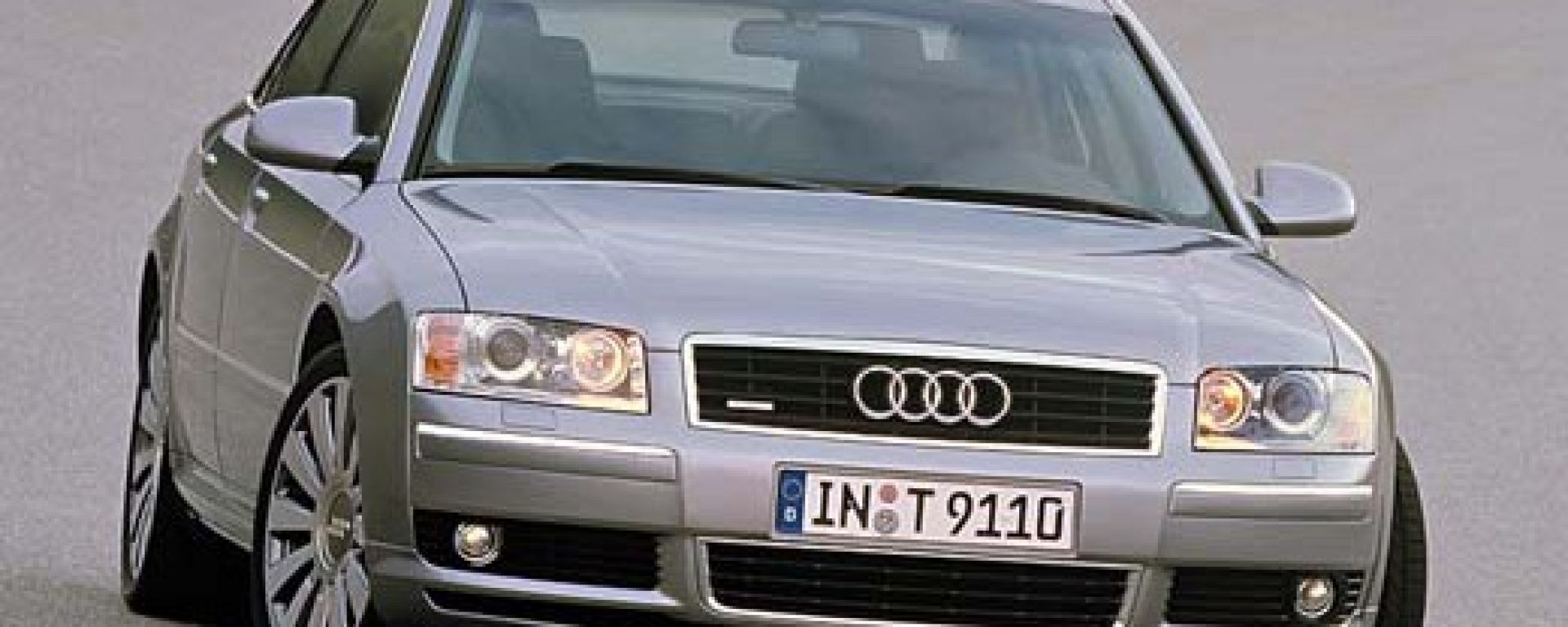 Audi A8 my 2002