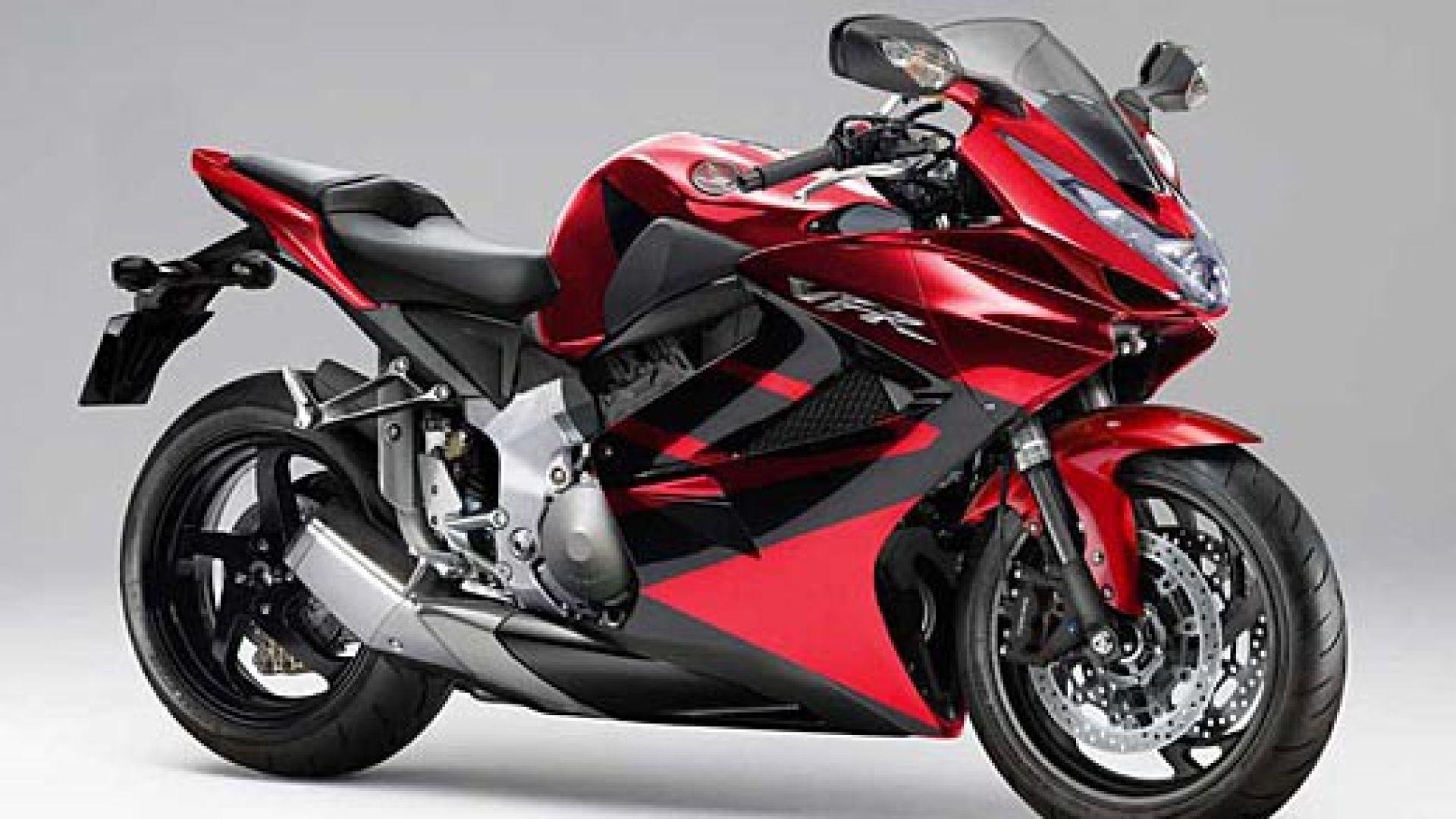Anteprima honda vfr 1000 f e gt motorbox - Image moto sportive ...