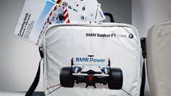 Bmw-Sauber, lo stile esce dai box - Immagine: 57