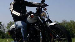 Harley-Davidson 883 Iron - Immagine: 2