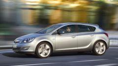 Opel Astra 2010, le prime foto ufficiali - Immagine: 2