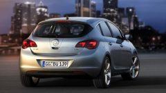 Opel Astra 2010, le prime foto ufficiali - Immagine: 7