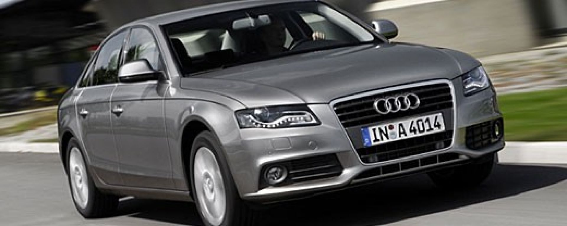 AUDI: motore più parco per l'A4 e A4 Avant