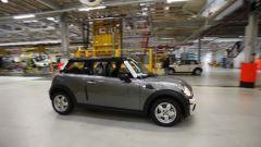 La fabbrica della Mini in 25 immagini - Immagine: 29