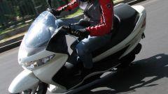 Suzuki Burgman 200 Vs Sym Joyride 200 Evo - Immagine: 4