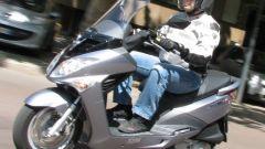 Suzuki Burgman 200 Vs Sym Joyride 200 Evo - Immagine: 8
