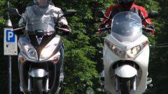 Suzuki Burgman 200 Vs Sym Joyride 200 Evo - Immagine: 13