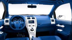 Toyota Auris Hybrid - Immagine: 2