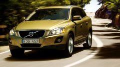Volvo XC60 2.4D FWD - Immagine: 15
