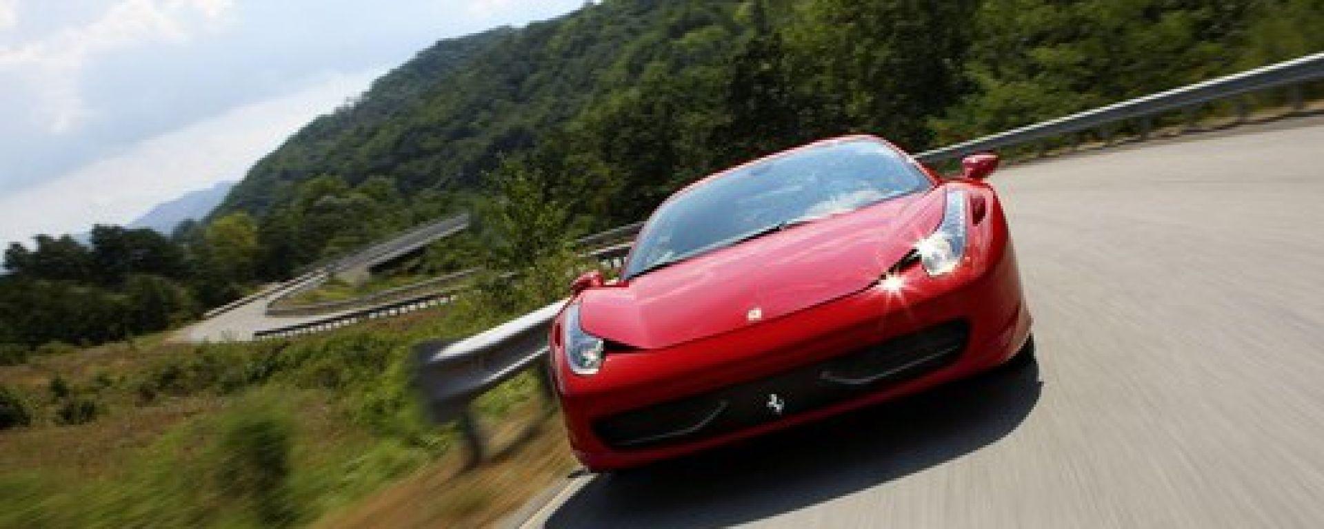 Ferrari 458 Italia, svelati gli interni