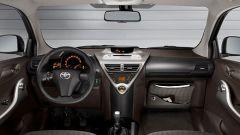 Toyota iQ 1.0 Multidrive - Immagine: 10