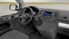 Volkswagen T5 Caravelle, Multivan & Co 2010 - Immagine: 5