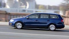 Volkswagen Passat Variant 2.0 TDI BlueMotion - Immagine: 9