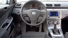 Volkswagen Passat Variant 2.0 TDI BlueMotion - Immagine: 4