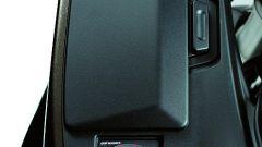 Kawasaki GTR 1400 2010 - Immagine: 11