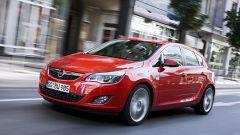 Opel Astra 2010 - Immagine: 1