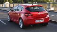 Opel Astra 2010 - Immagine: 3