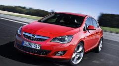 Opel Astra 2010 - Immagine: 9