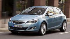 Opel Astra 2010 - Immagine: 10
