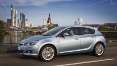 Opel Astra 2010 - Immagine: 11