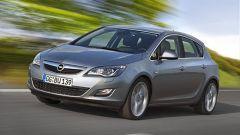 Opel Astra 2010 - Immagine: 13
