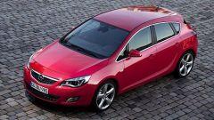 Opel Astra 2010 - Immagine: 14