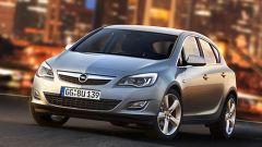 Opel Astra 2010 - Immagine: 18