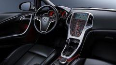 Opel Astra 2010 - Immagine: 29