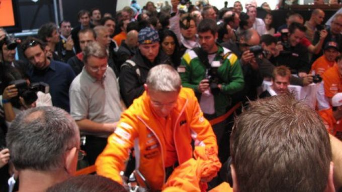 Immagine 86: Eicma 2009 live, tutto il Salone in 210 foto