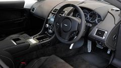 Aston Martin DBS e V12 Vantage Carbon Black - Immagine: 2