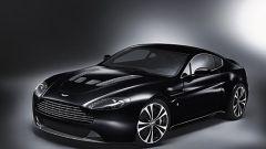 Aston Martin DBS e V12 Vantage Carbon Black - Immagine: 4