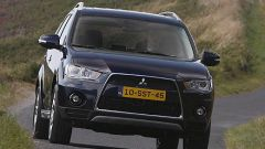 Mitsubishi Outlander 2010 2.2 DiD TC-SST - Immagine: 25