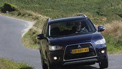 Mitsubishi Outlander 2010 2.2 DiD TC-SST - Immagine: 28