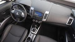 Mitsubishi Outlander 2010 2.2 DiD TC-SST - Immagine: 32