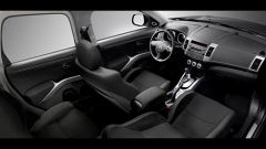 Mitsubishi Outlander 2010 2.2 DiD TC-SST - Immagine: 13
