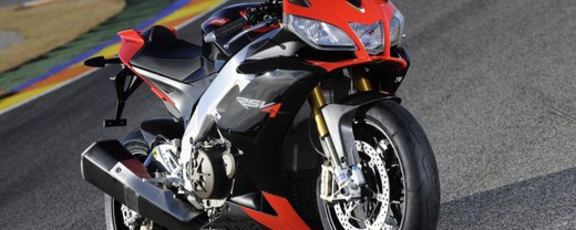 """L'Aprilia RSV4 eletta """"moto sportiva dell'anno"""""""