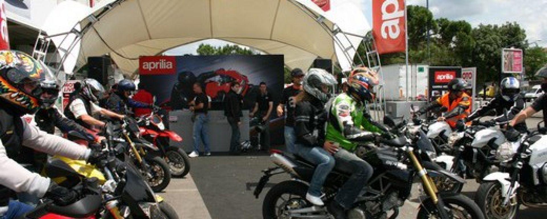 APRILIA: parte il Moto Live Tour 2010