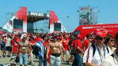 WORLD DUCATI WEEK 2010 - Immagine: 3