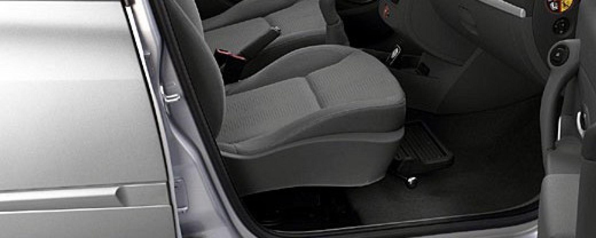 RENAULT: sulla Clio il sedile si gira