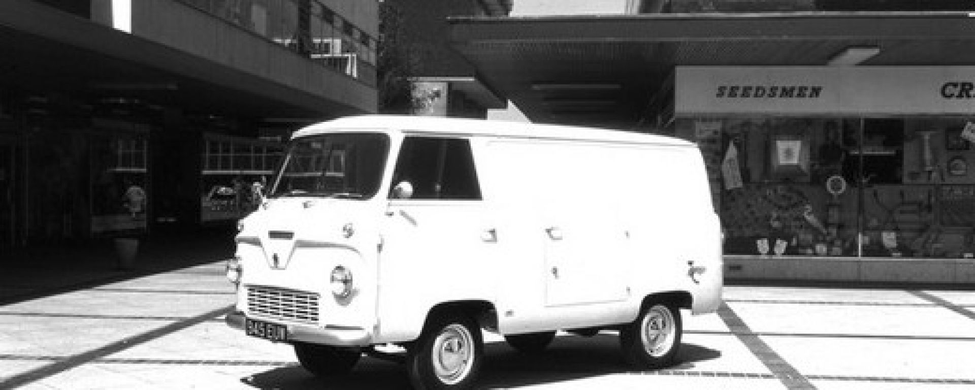 Ford Transit story 1965-2010 in 184 immagini