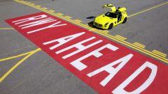 La Mercedes SLS AMG E-Cell in 67 nuovi scatti... - Immagine: 25