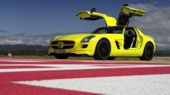 La Mercedes SLS AMG E-Cell in 67 nuovi scatti... - Immagine: 28