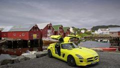 La Mercedes SLS AMG E-Cell in 67 nuovi scatti... - Immagine: 30
