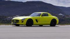 La Mercedes SLS AMG E-Cell in 67 nuovi scatti... - Immagine: 32