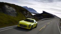 La Mercedes SLS AMG E-Cell in 67 nuovi scatti... - Immagine: 41