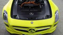 La Mercedes SLS AMG E-Cell in 67 nuovi scatti... - Immagine: 55