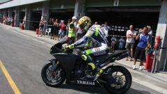 Rossi pronto al rientro. A Brno con la R1 - Immagine: 1