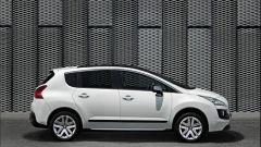 Peugeot 3008 HYbrid4 - Immagine: 7