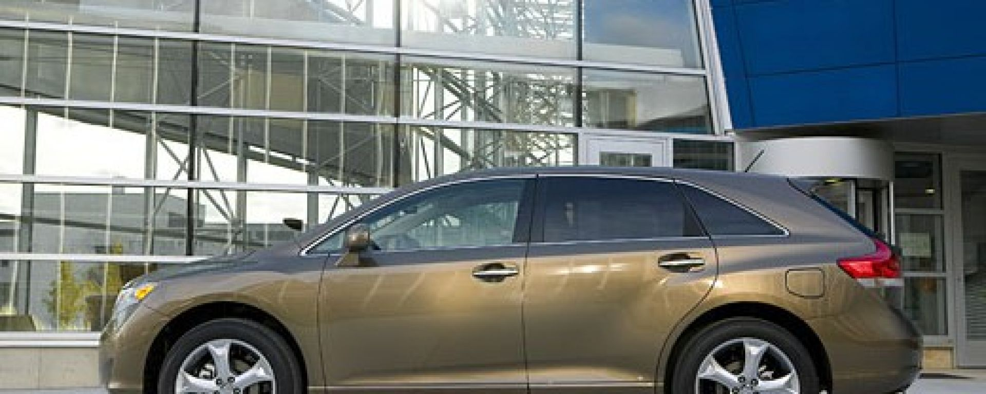 Toyota Venza - gallery