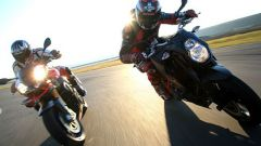 Aprilia Tuono 1100 Factory vs KTM 1290 Super Duke R - Immagine: 4